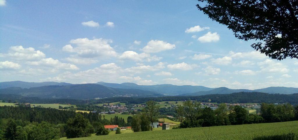 Foto mit Blick auf Teisnach, Böbrach, Bodenmais